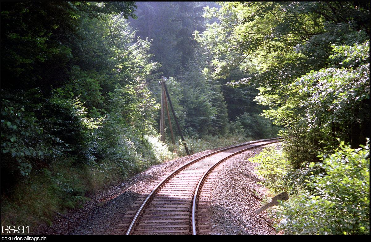 http://www.doku-des-alltags.de/StreckenundBahnhoefe/Franken/910700%20Bayreuth%20Warmensteinach/Film%203/10%20km%2020.jpg