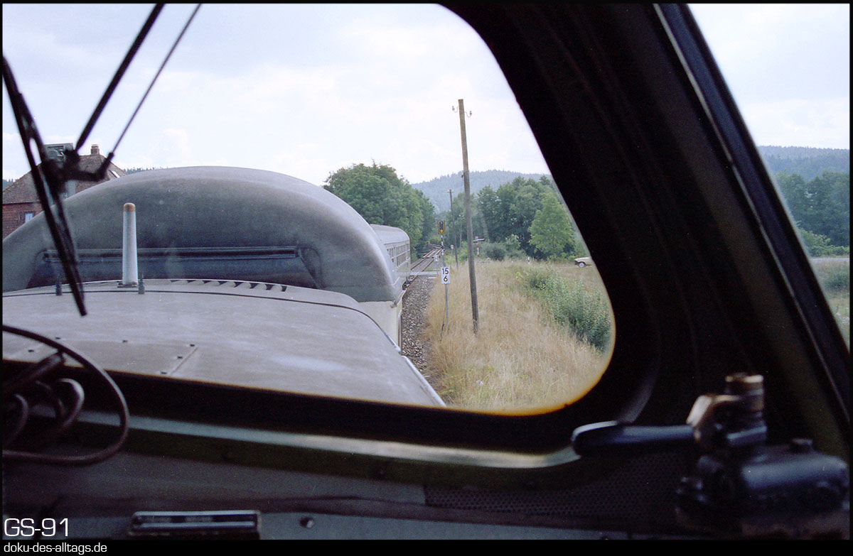 http://www.doku-des-alltags.de/StreckenundBahnhoefe/Franken/910700%20Bayreuth%20Warmensteinach/Film%203/30%20km%2015,6.jpg