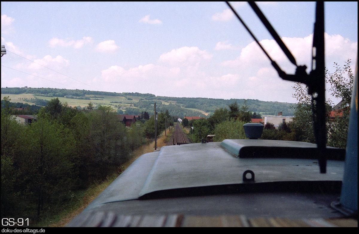 http://www.doku-des-alltags.de/StreckenundBahnhoefe/Franken/910700%20Bayreuth%20Warmensteinach/Film%203/31%20Weidenberg.jpg