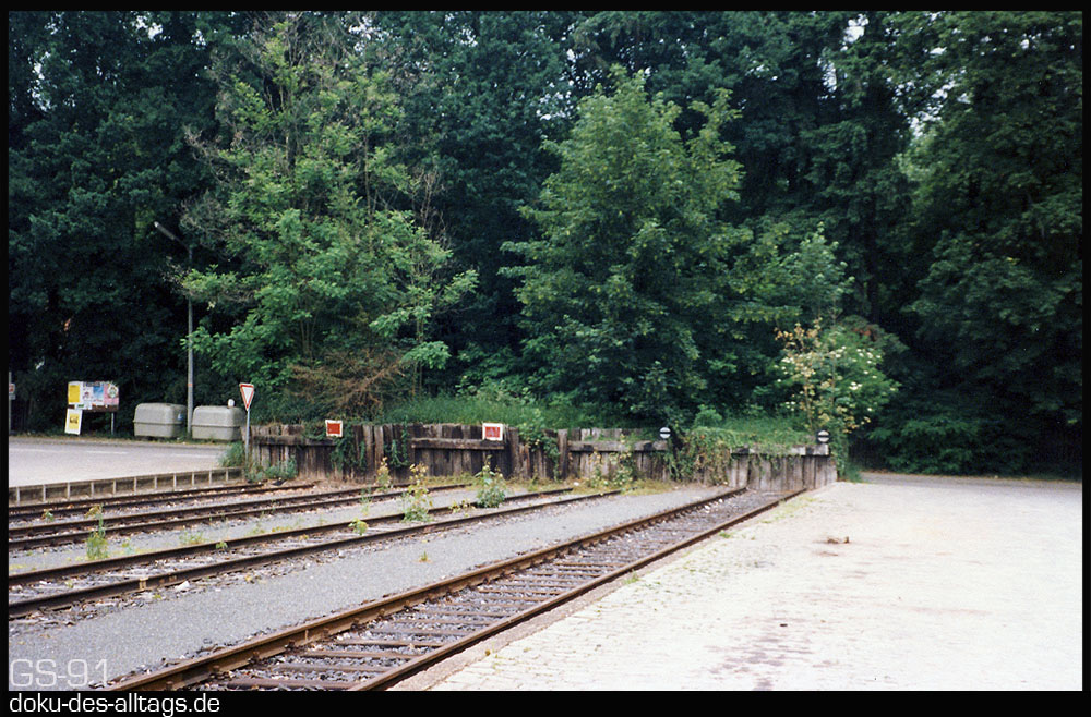 http://www.doku-des-alltags.de/StreckenundBahnhoefe/Franken/FrankenData/Cadolzburg%202.jpg