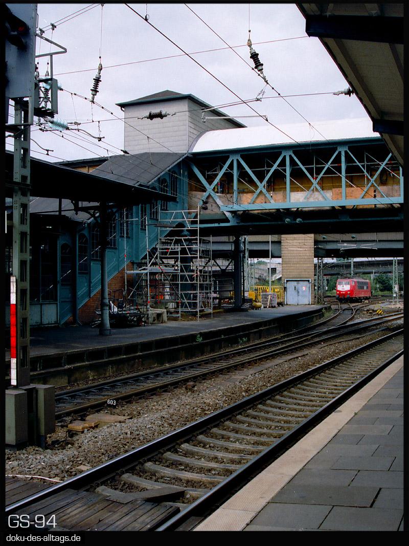 http://www.doku-des-alltags.de/StreckenundBahnhoefe/Heidebahn/Film%201/17%20Hamburg-Harburg.jpg