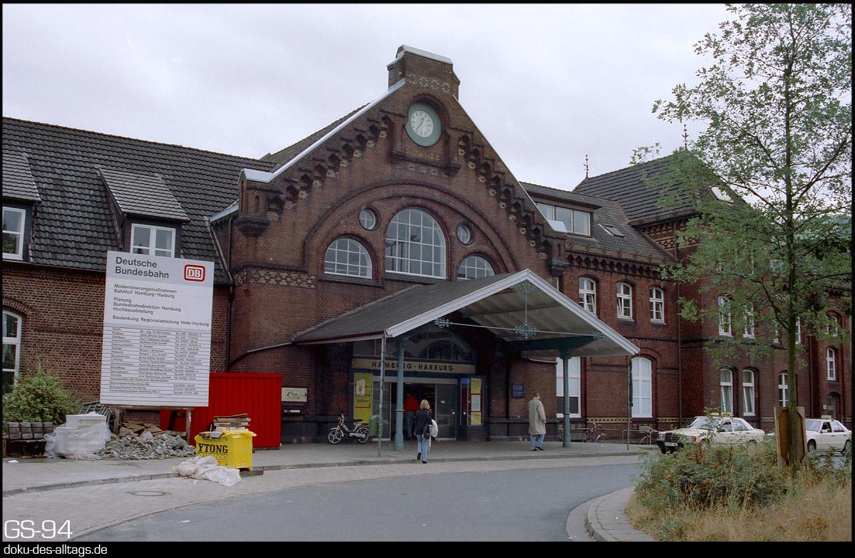http://www.doku-des-alltags.de/StreckenundBahnhoefe/Heidebahn/Film%201/19%20Hamburg-Harburg.jpg