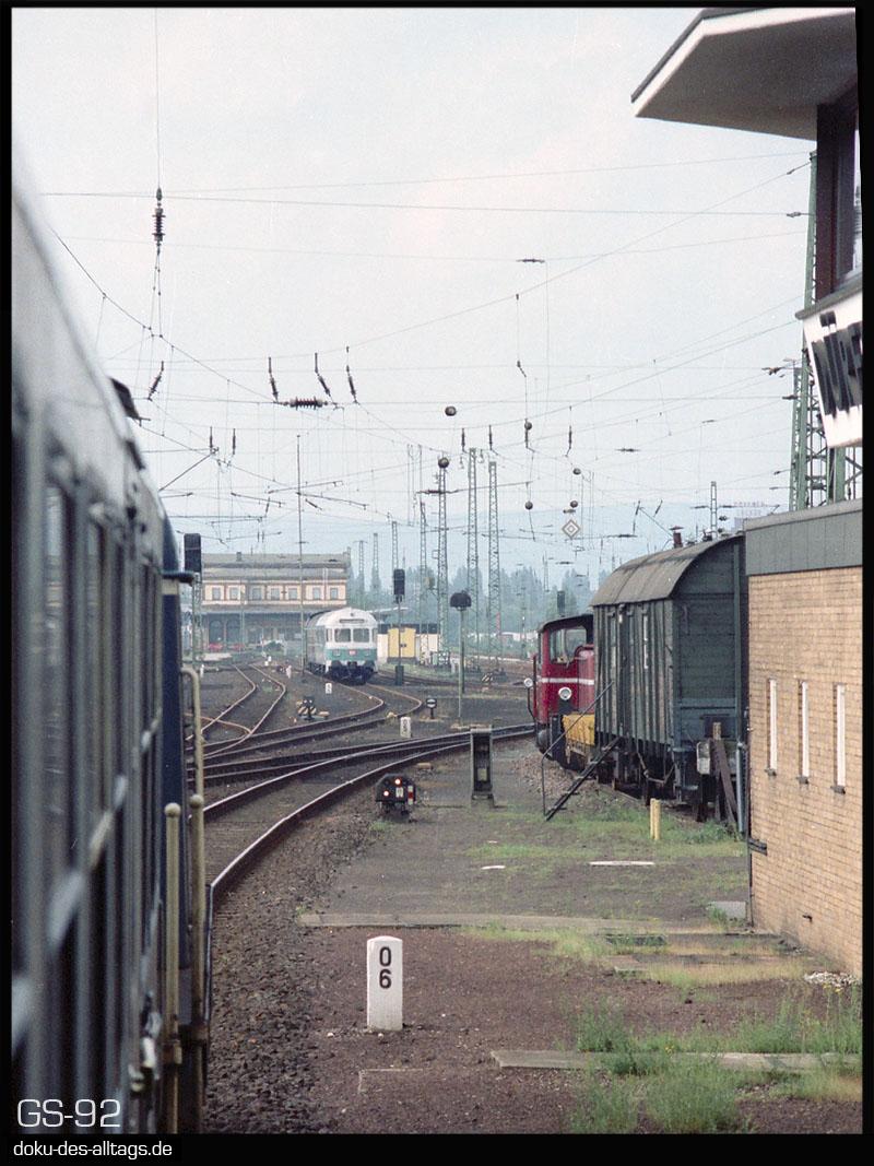 http://www.doku-des-alltags.de/StreckenundBahnhoefe/NRW/1992%20Neuss%20Dueren/Film%203/11%20Dueren.jpg