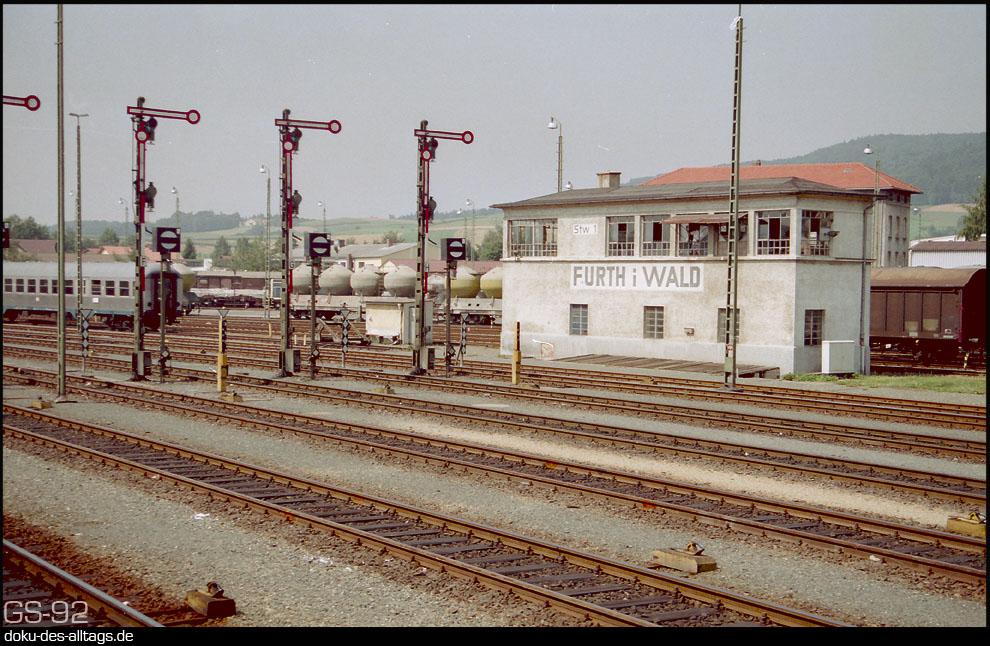 Strecken und Bahnhöfe